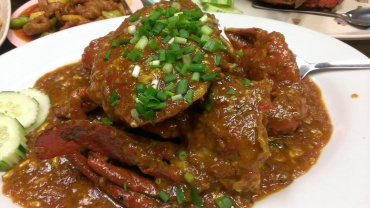 Food porn (Chilli crabs), without flash