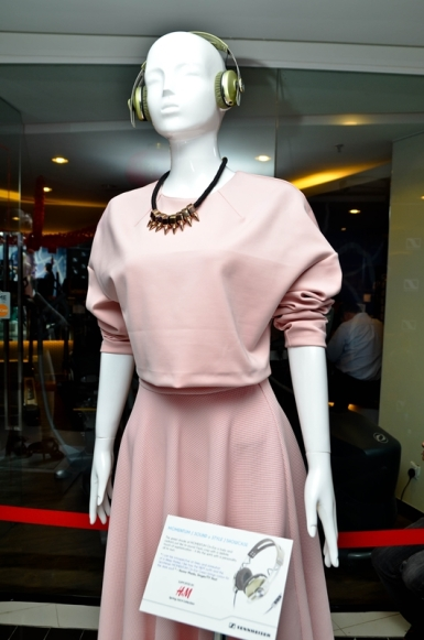 The Sennheiser Concept Store in Bangsar Shopping Centre, Kuala Lumpur was launched with a MOMENTUM [Sound x Style] showcase together with H&M's Spring Collection 2014.